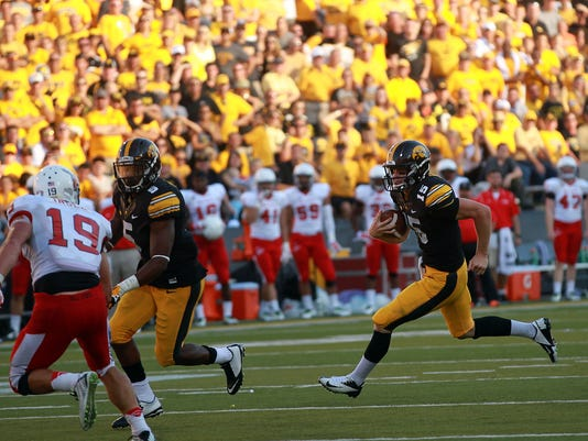 IOW_0907_Iowa_vs_Ball_State_48.jpg