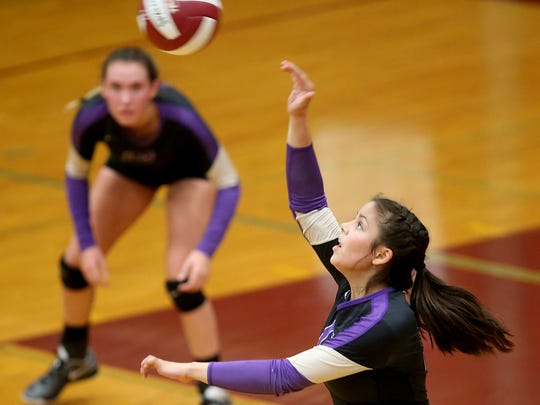 South Kitsap vs. North Kitsap volleyball in Port Orchard on Thursday, September 7, 2017.
