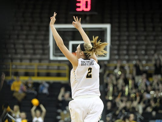635882195336215915-IOW-0104-Iowa-wbb-vs-Rutgers-19.jpg