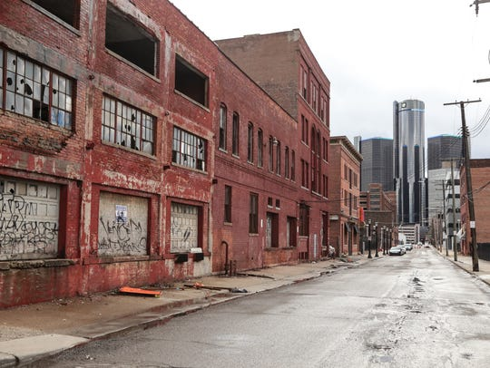 A view looking west on Franklin near Riopelle in Detroit