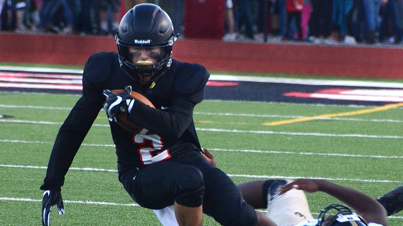 Highlights and interviews from Pinckney's 33-21 football victory over Ypsilanti.