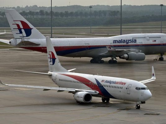 Malaysia Airlines Boeing 737.jpg
