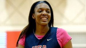 Kasiyahna Kushkituah, a 6-foot-4 post player from St. Francis High School in Alpharetta, Ga., committed to Tennessee on Oct. 11, 2016.