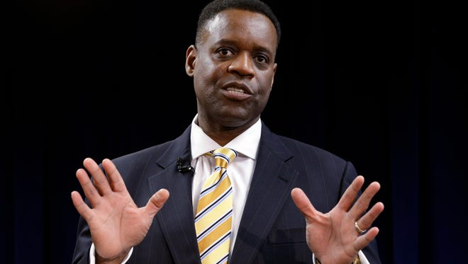 """Detroit emergency manager Kevyn Orr has  apologized for calling the city """"dumb, lazy, happy and rich"""" in a Wall Street Journal article."""