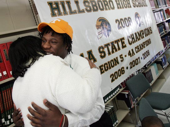 Hillsboro's Eric Gordon hugs his grandmother Claudia