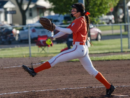 Ready to throw a pitch for Garden City is Alissa Turnbull.
