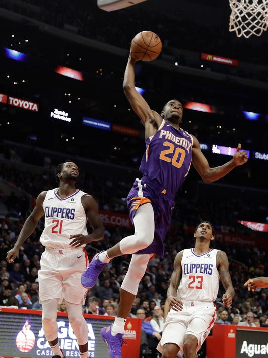 Suns_Clippers_Basketball_28585.jpg