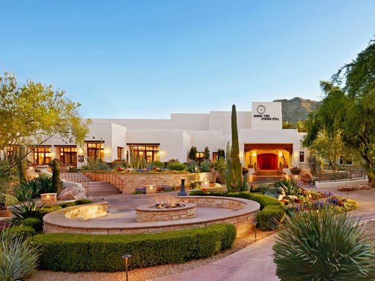 JW Marriott Camelback Inn Resort has a heated outdoor