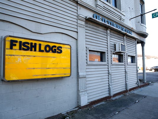 636573136531862385-fishlogs1.jpg