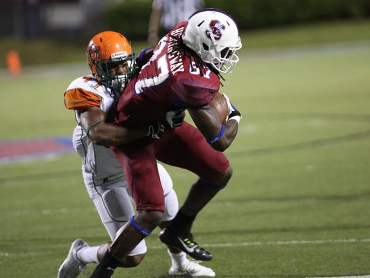 Akil Blount tackles a SCSU runner