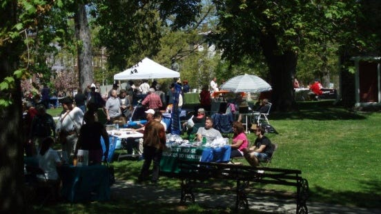 A previous volunteer fair at the Washington's Headquarters Historic Site in Kingston.