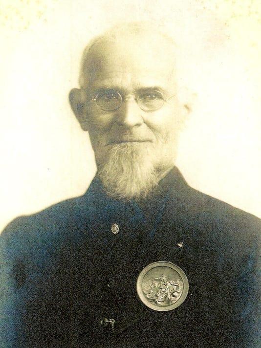 1876 medal on Capt Lucian Clemons