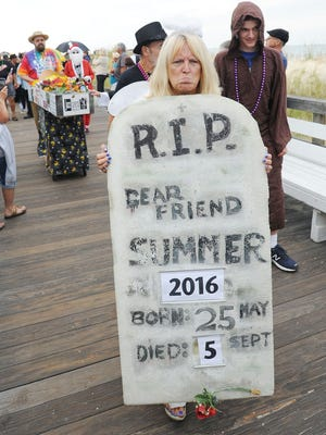 The tombstone for Summer 2016