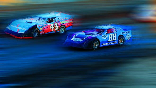 The Southern New Mexico Speedway holds events weekly through October.