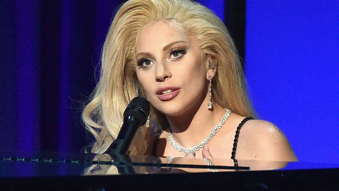 Gaga covers the beatles neil young at democratic convention concert