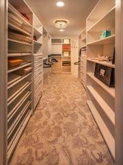 09 master closet.jpg