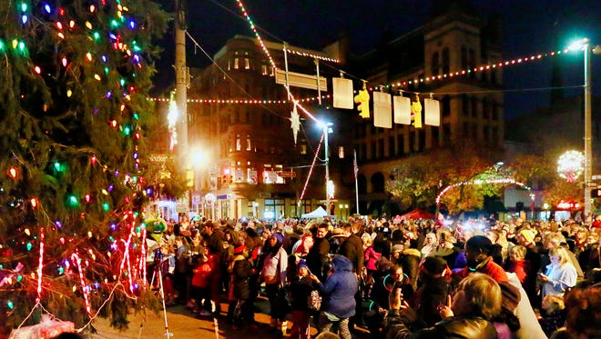 The Christmas tree is lit during Light Up York in downtown York City, Saturday, Dec. 2, 2017. Dawn J. Sagert photo