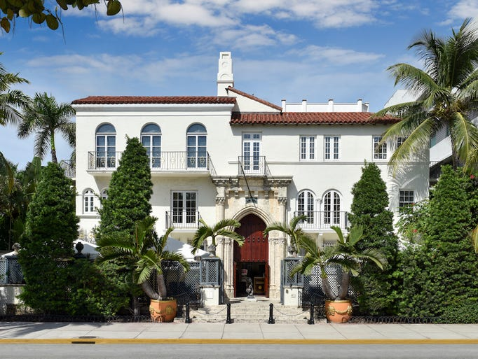A Look Into Gianni Versace 39 S Miami Beach Mansion Now A Hotel