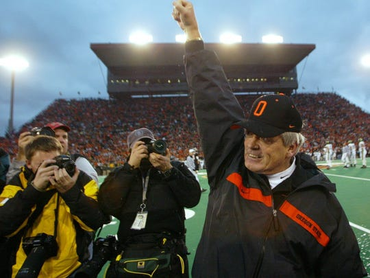 Dennis Erickson led OSU to the only 11-win season in school history in 2000 and its highest final ranking.