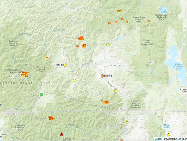 southern oregon fire map 2018 S Oregon Wildfires Bring Evacuations As Statewide Emergency Declared