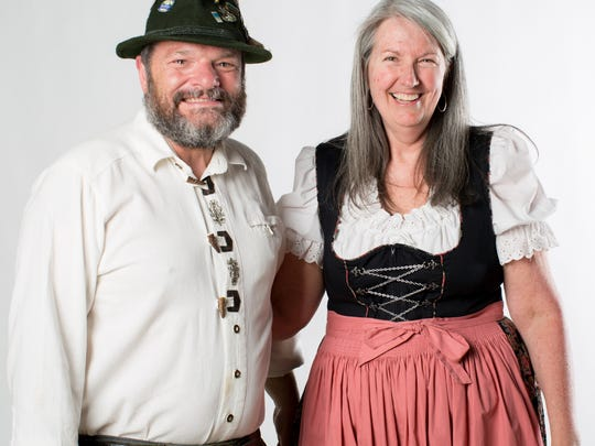 Sheryl Rudd and Dieter Kuhn, owners of Heinzelmännchen, are closing their brewery.