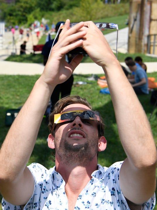 NAS-eclipse 2017
