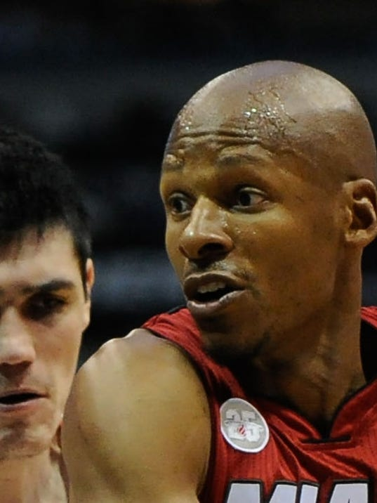 2013-04-25 Ray Allen three-point record