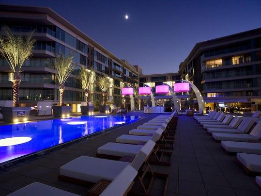 W Scottsdale Pool Party Heats Up