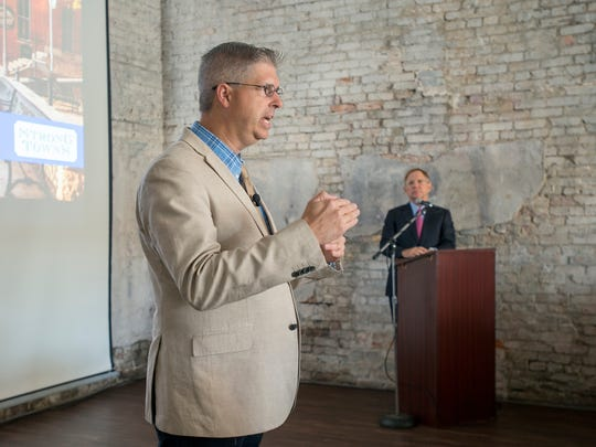 Strong Towns founder Chuck Marohn speaks to civic and business leaders during CivicCon in Pensacola on Sept. 26, 2017.