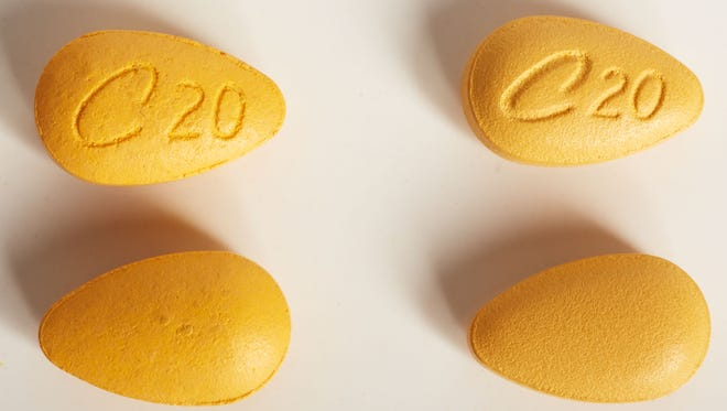 A popular target of counterfeiters is Lilly's Cialis, an erectile dysfunction drug. Counterfeit copies are the ones on the left.