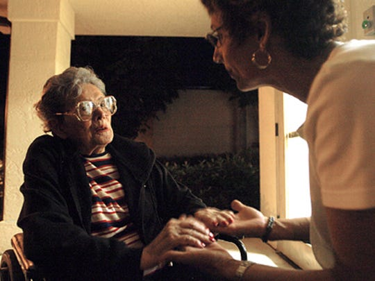 Cindy MacDonald, right, with her mother Dorothy MacDonald in 2007. Dorothy died in 2008 at age 85 after suffering from progressive supranuclear palsy (PSP).