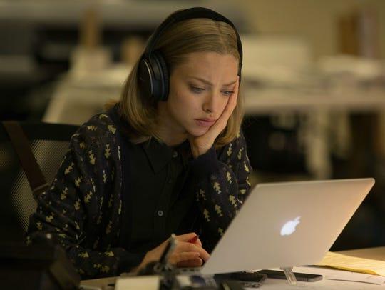 Amanda Seyfried plays obituary writer Anne Sherman