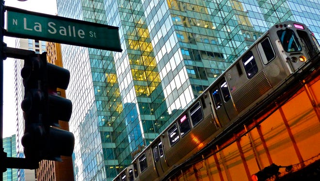 The advantage of using public buses and trains is the same in Chicago as it is everywhere else — it's the least expensive way to get around.