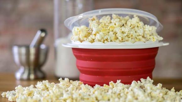 Best gifts under $30: Cuisinart Pop and Serve popcorn maker