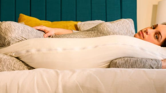 Give your back and belly the support it needs with the Queen Rose Classic U Shaped Pregnancy Pillow.