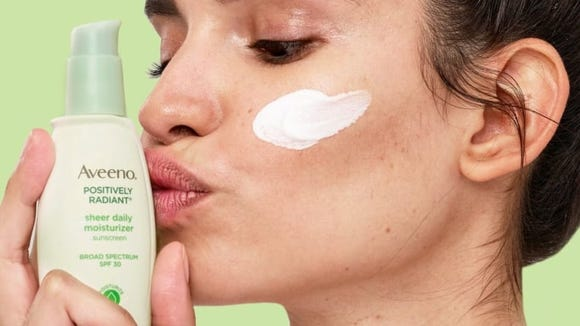 This moisturizer contains SPF 30, so it does double-duty as a sunscreen.