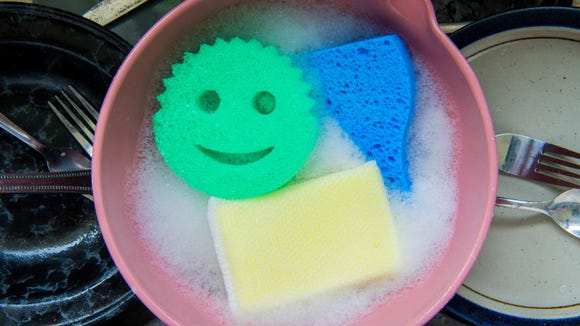 Washing dishes is that much more fun with this sponge smiling up at you.