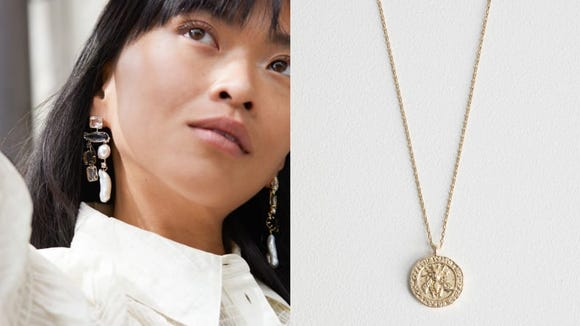 This European brand sells affordable and stylish jewelry.