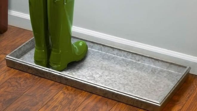 This galvanized metal tray has a pretty mottled appearance.