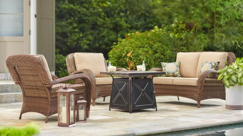 Patio Furniture Sale Shop These End Of Summer Deals To Save Big