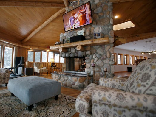 This Howell Home Is More Like A Cabin