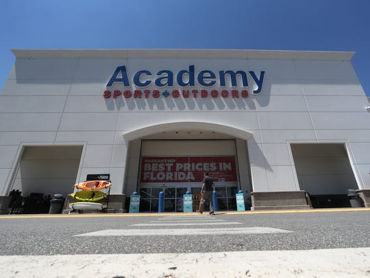 Academy Sports + Outdoors store on Mahan Drive where