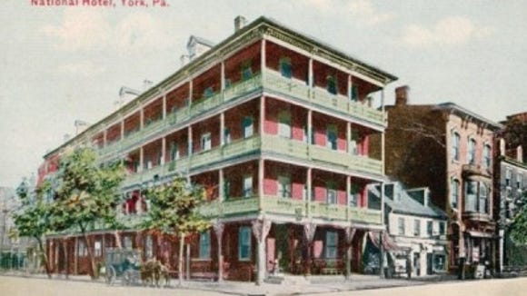 Postcard of the National Hotel / Tremont House in downtown York (author's postcard collection)