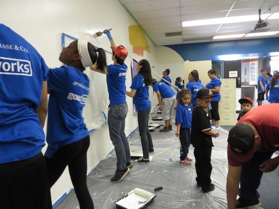 Más de mil voluntarios prestaron sus servicios.