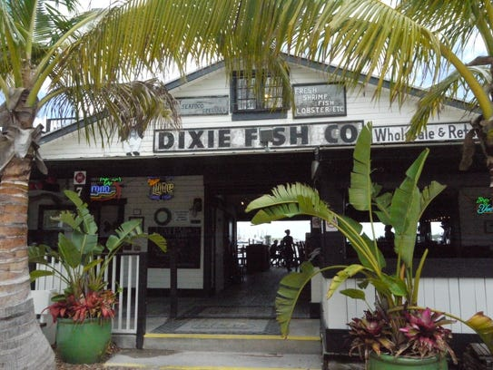 Dixie Fish Co. occupies an open-air former fish market on San Carlos Island.