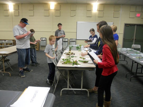 The 4-H Plant Science and Horticulture Club members