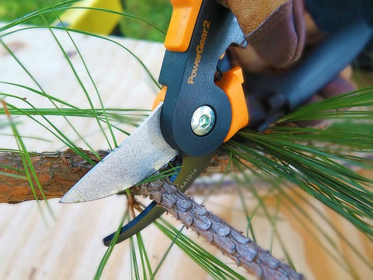 Ratchet technology eases the use of Fiskars PowerGear2