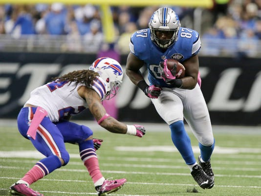 635517478164169954-AP-Bills-Lions-Football-MITD