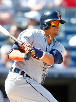 """Victor Martinez, who had prior left knee surgery, didn't start Monday. """"There's no major structural issue,"""" manager Brad Ausmus said of a bruised right knee."""