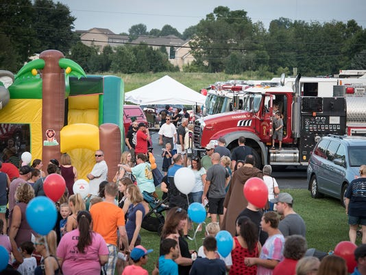 ldn-mkd-080117-national night out-